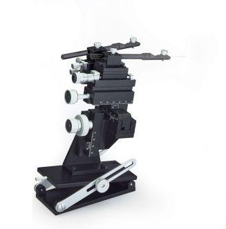Dual Tool-Holder Micromanipulator